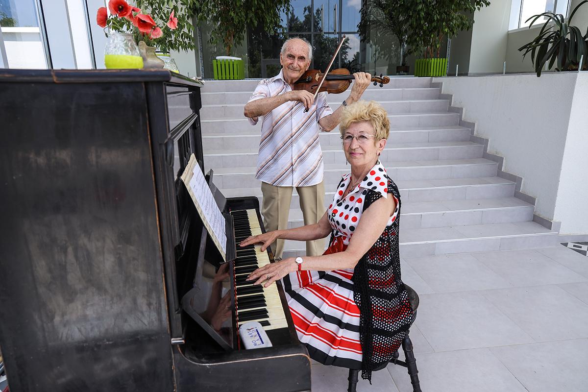 Медива Парк - пиано